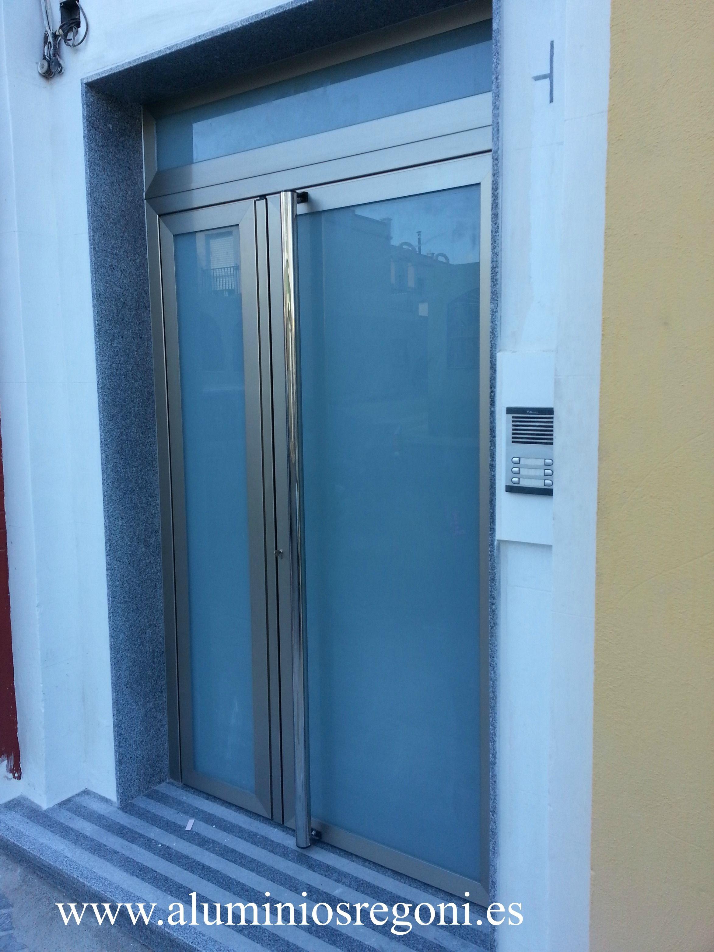 Puerta de aluminio puertas de aluminio pinterest for Puertas de aluminio para cuartos