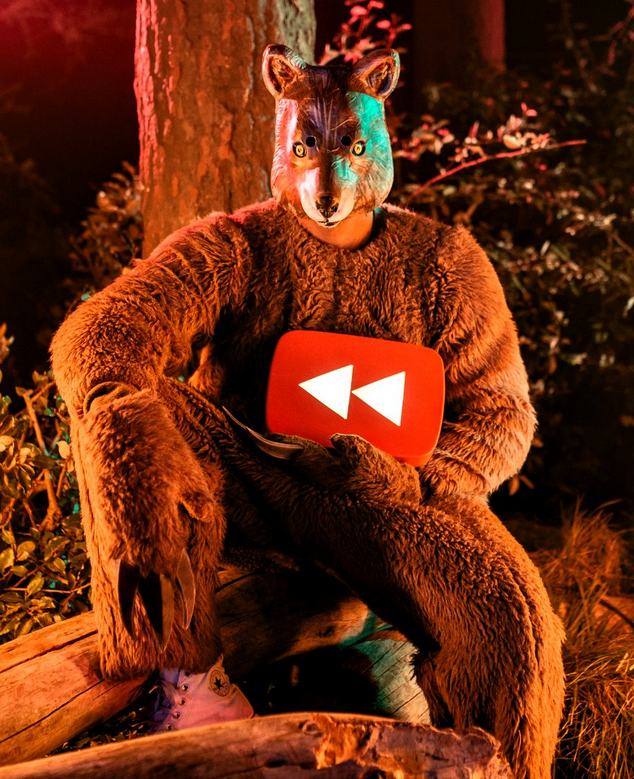 25 Easter Eggs In The Viral Youtube Rewind What Does 2013 Say Video Social Media