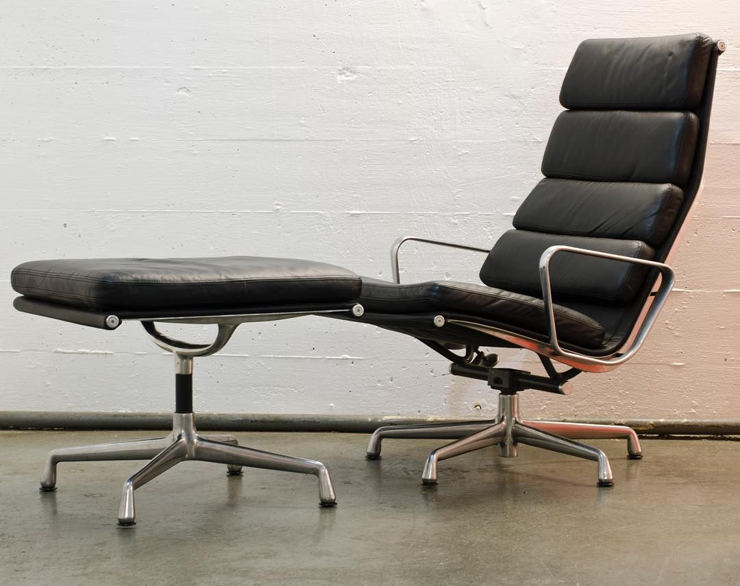 Herman Miller Eames Soft Pad Lounge Chair And Ottoman Excellent