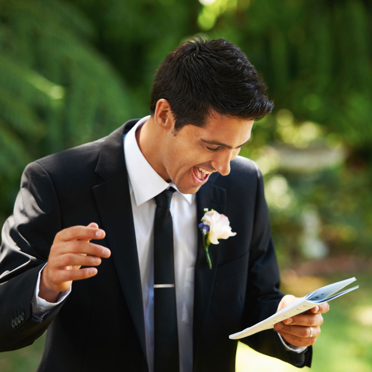 How To Give A Memorable Wedding Toast