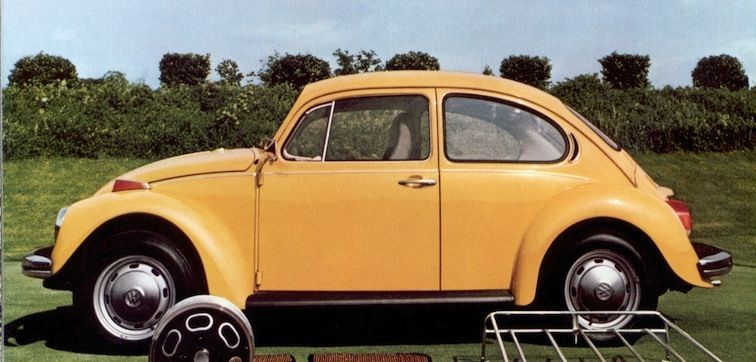Example of Texas Yellow paint on a 1973 Volkswagen Beetle