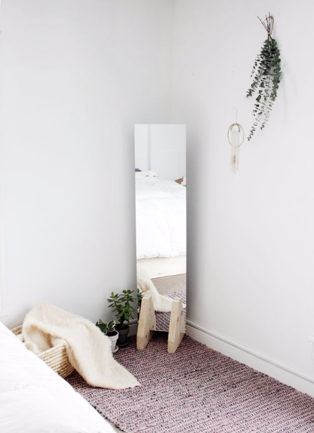 41 diy mirrors you need in your home right now my likes diy mirrors diy minimal floor mirror best do it yourself mirror projects and cool crafts using mirrors home decor bedroom decor and bath ideas step solutioingenieria Images