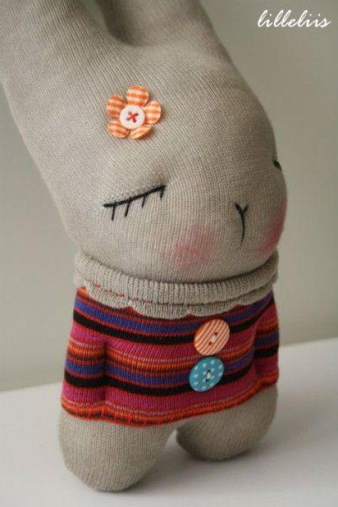 15 Easy Diy Sock Animals How To Make Sock Bunny Plush Toys Diy