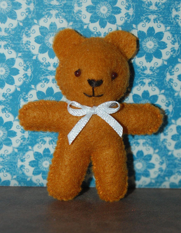 Pin By Michele Spinale On Diy Feltro Teddy Bear Ornament Teddy Bear Patterns Free Bear Template [ 1500 x 1164 Pixel ]