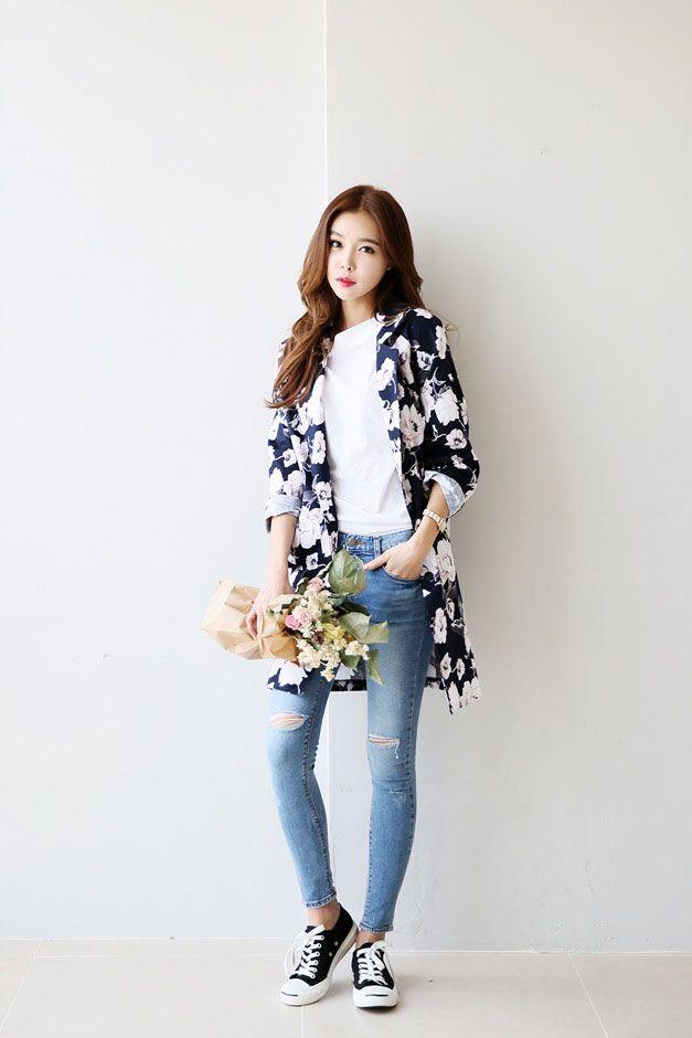 nice Flower Pattern Long Coat by http://www.redfashiontrends.us/korean-fashion/flower-pattern-long-coat/