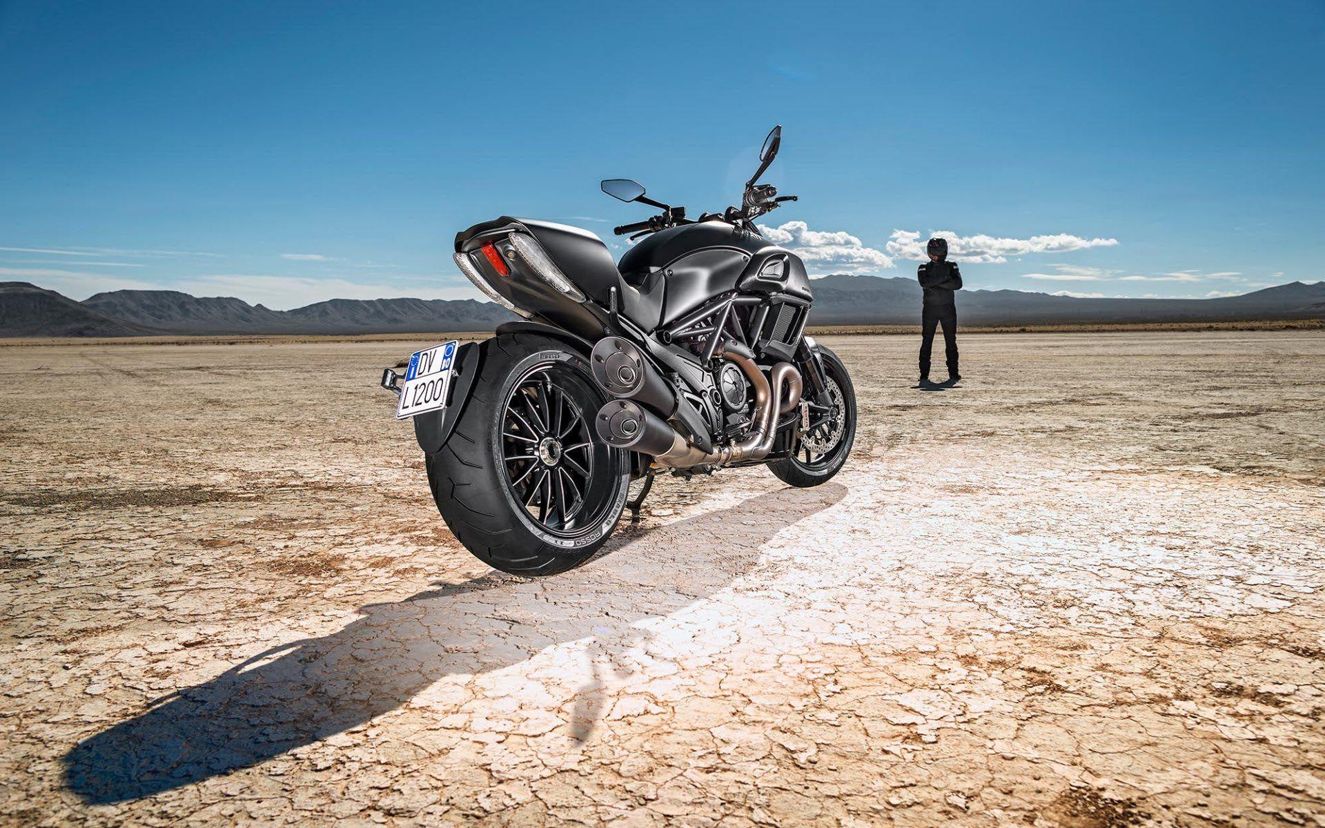 Ducati Diavel Epic Moto HD Wallpaper