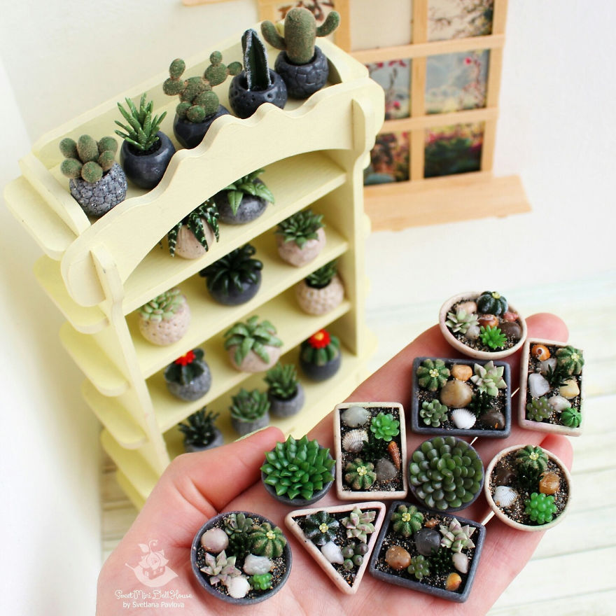 This Girl Makes Miniatures For Doll Houses With Crazy Precision #miniaturedolls