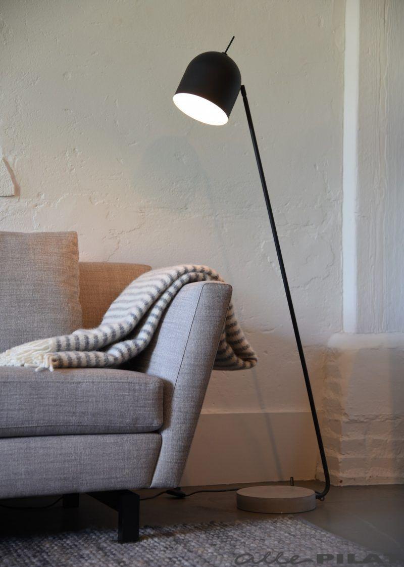 Kleine Zwarte Staande Lamp.Zwarte Vloerlamp Madrid Its About Romi Woonwinkel In
