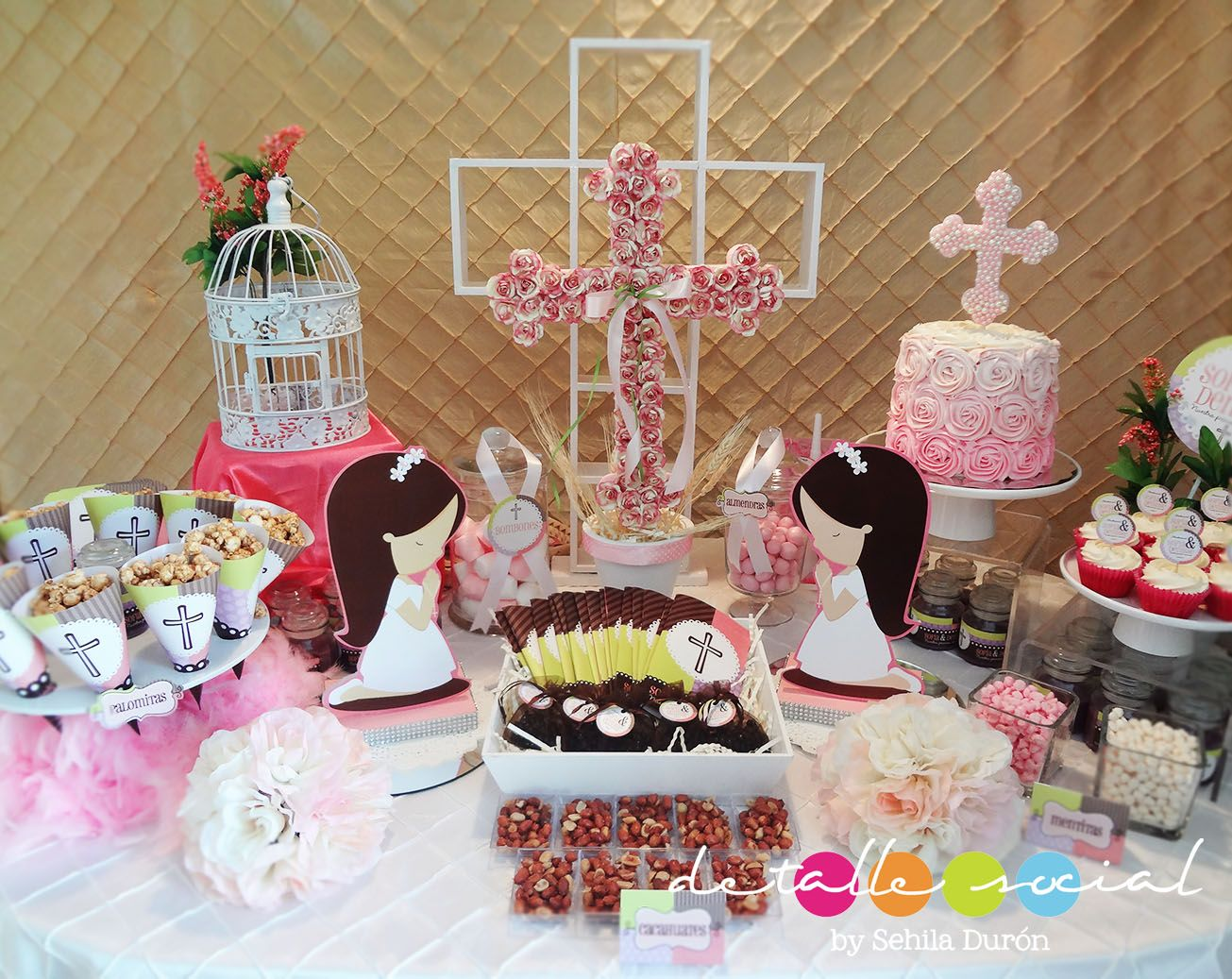 Mesa decorada para comuni n mesas decoradas pinterest for Mesas decoradas para fiestas