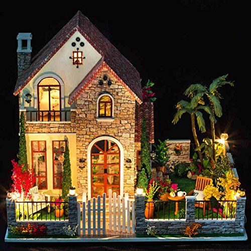 Amazon Com Cuteroom Kit Wooden Dollhouse Miniature Diy Dolls House