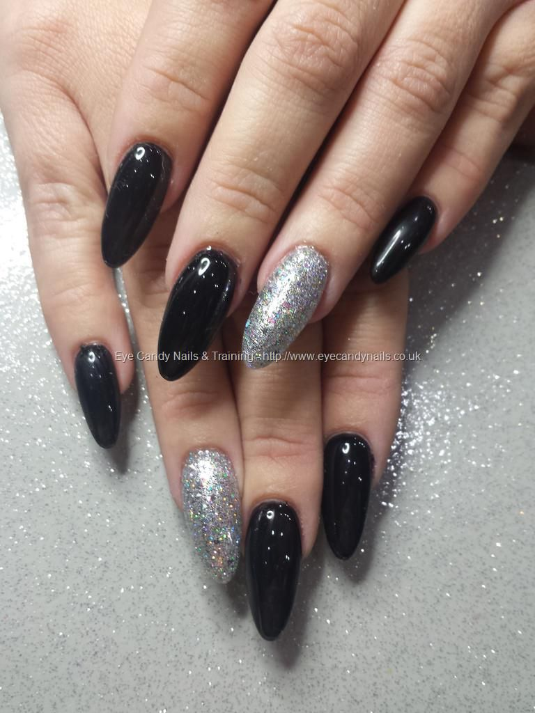 black gel polish with silver glitter ring finger | nails