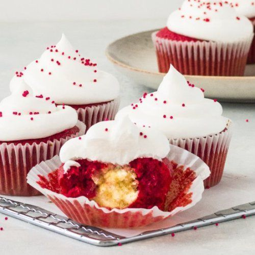 WEIGHT LOSS CHALLENGE - Red Velvet Cheesecake Cupcakes  Red velvet... #redvelvetcheesecake Red Velvet Cheesecake CupcakesRed velvet cheesecake cupcakes are...  Red Velvet Cheesecake Cupcakes  Red velvet cheesecake cupcakes are a simple red velvet cupcake filled with a creamy cheesecake filling and topped with cream cheese frosting #redvelvetcheesecake WEIGHT LOSS CHALLENGE - Red Velvet Cheesecake Cupcakes  Red velvet... #redvelvetcheesecake Red Velvet Cheesecake CupcakesRed velvet cheesecake cup #redvelvetcheesecake