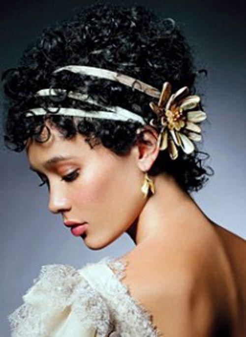 acconciature sposa capelli corti e ricci - Cerca con Google  6e560109481d