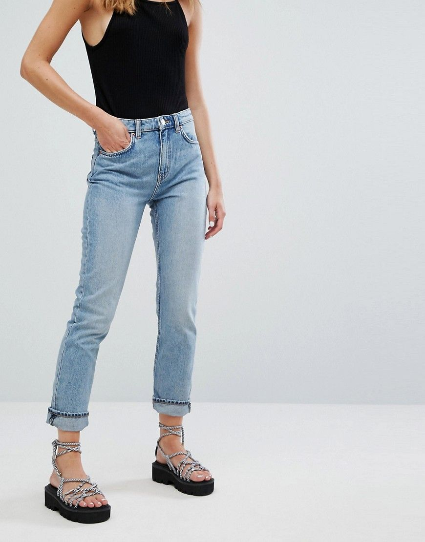 befcc28464 Weekday Seattle high waist mom jeans with organic cotton in light ...