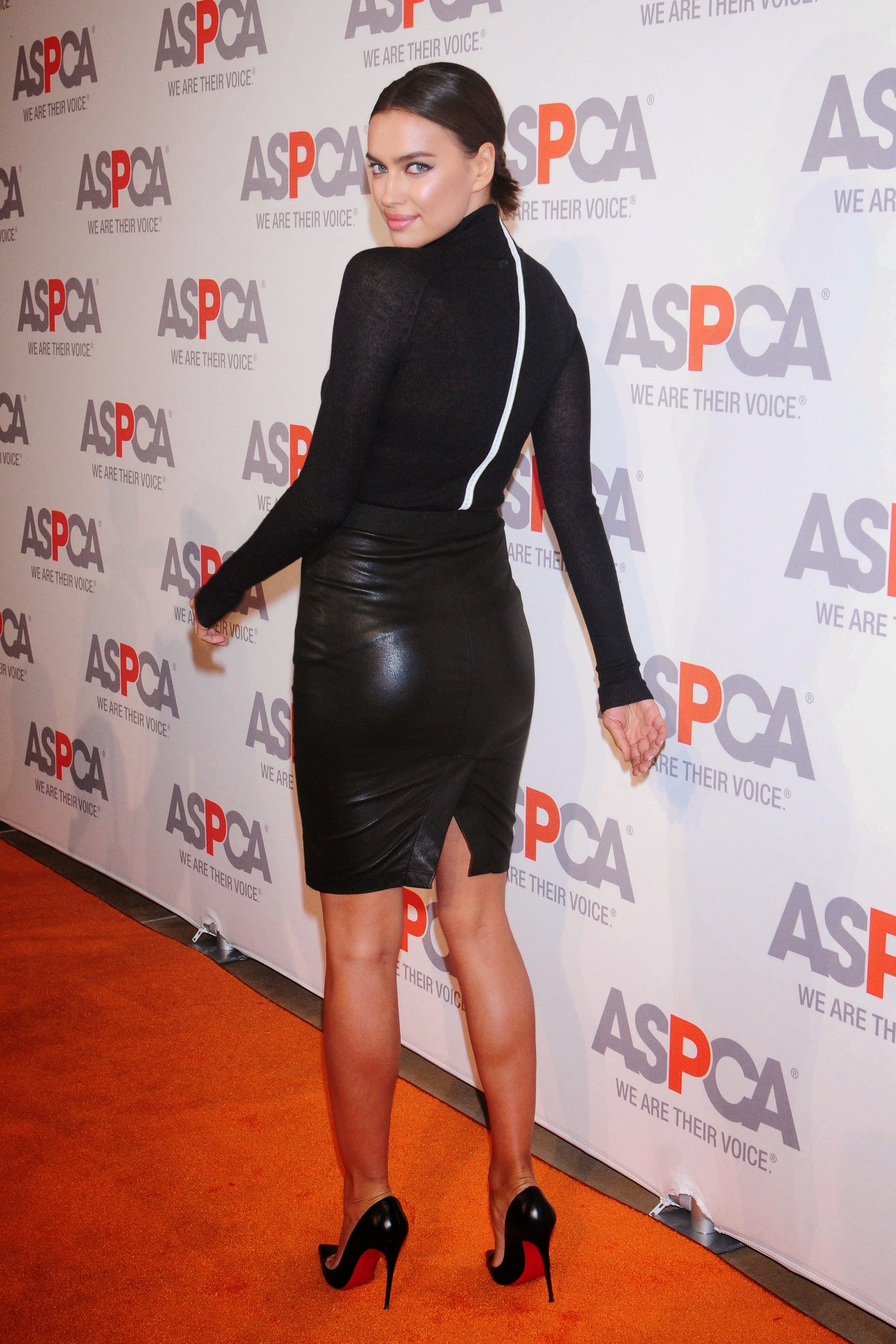 Irina Shayk Fashion Tights Leather Skirt Pvc Skirt