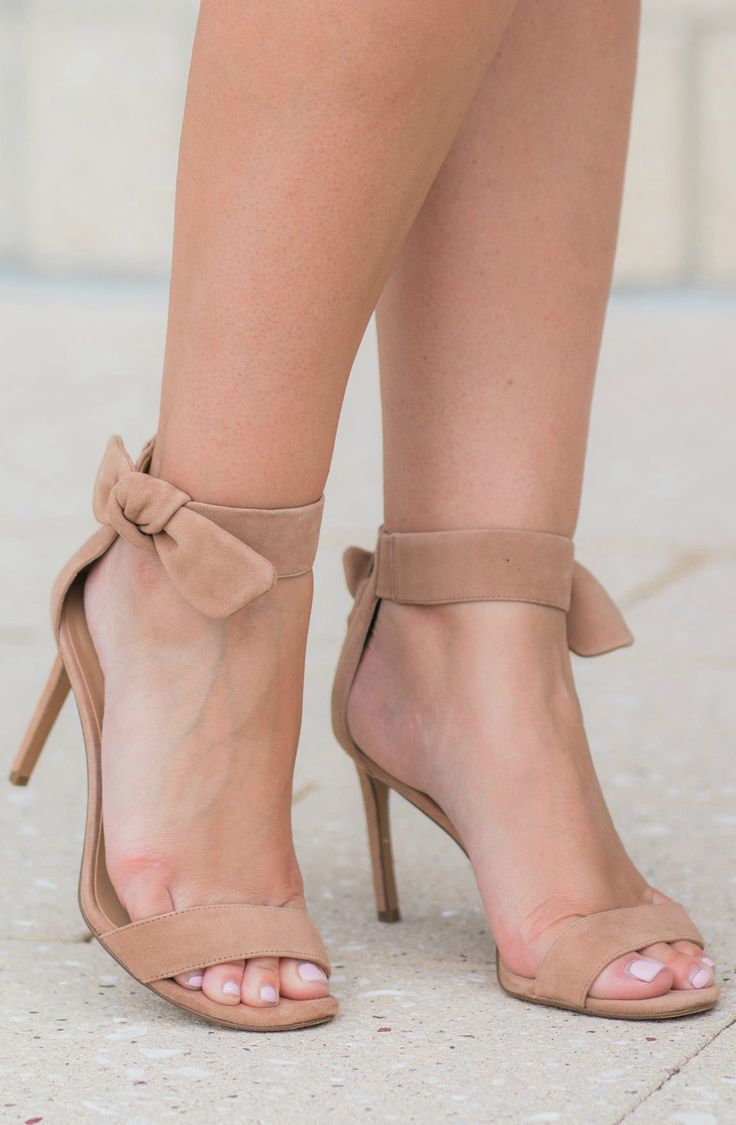 29bd6f9d61b2 Completely obsessed with these nude bow heels from  bananarepublic  !  They re classy