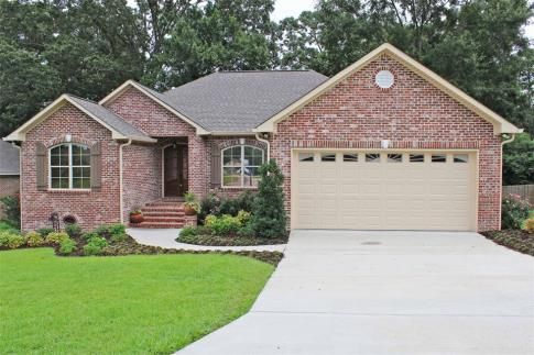 20 Copper Creek Hattiesburg Ms 39402 Us Hattiesburg Home For Sale The Delois Smith All Star Team Realtor Hattiesburg Hattiesburg Mississippi All Star Team