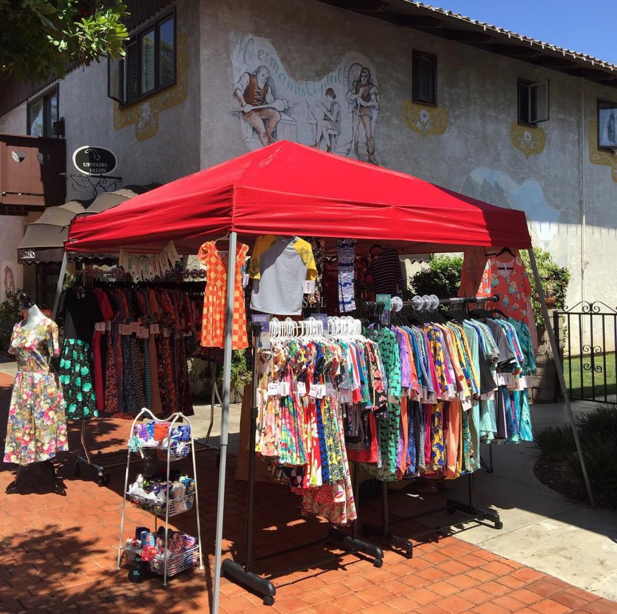 Vendor event popup & Vendor event popup | LuLaRoe Business Ideas | Pinterest | Vendor ...