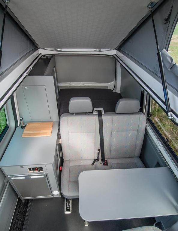 easy camper germany vw bus t5 ausbau amenagement auto pinterest fourgon camper et autobus. Black Bedroom Furniture Sets. Home Design Ideas