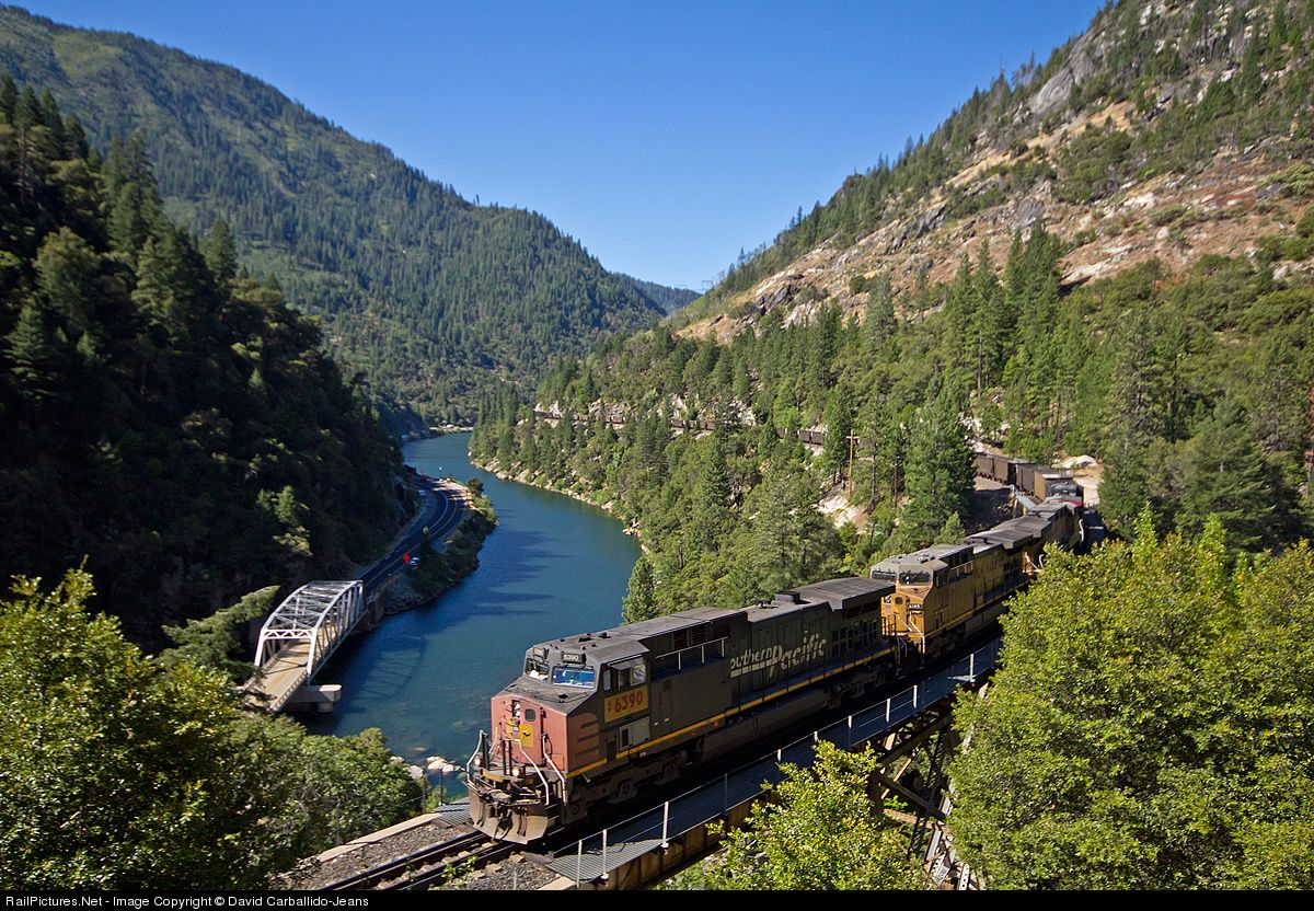 RailPictures.Net Photo: UP 6390 Union Pacific GE AC4400CW at Rock Creek, California by David Carballido-Jeans