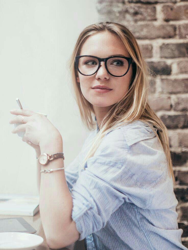 cfc2989899 Round frames are always stylish. #RayBan #Eyeglasses | Girls ...