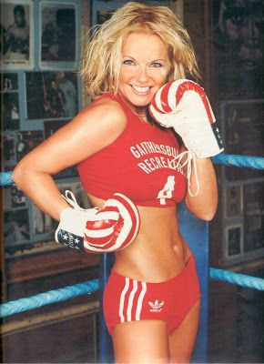 gorgeous boxing girls grapling