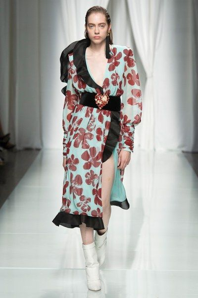 Emanuel Ungaro Spring 2017 Ready-to-Wear Collection Photos - Vogue