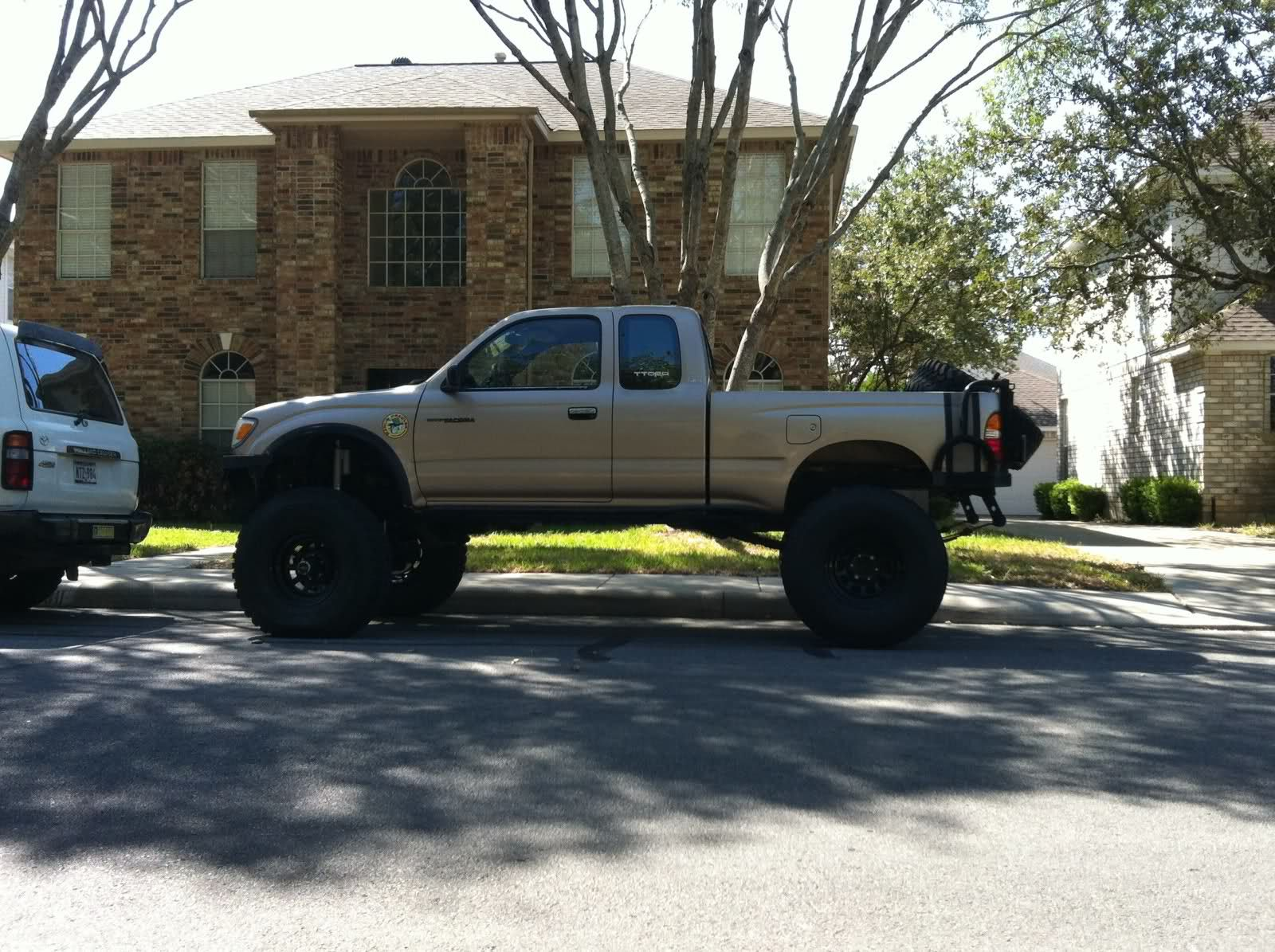 FS 98 xcab SAS bobbed supercharged on 37's - TTORA Forum