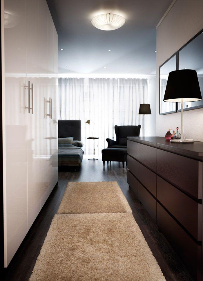 Schlafzimmer u. a. mit PAX Kleiderschrank mit Einrichtung in ...