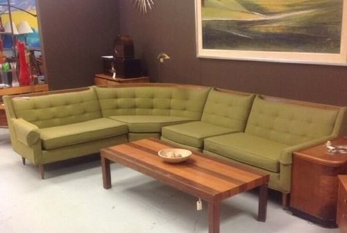 Vintage Rowe Green Fabric Wood Accents Sectional Sofa Couch Vg Condition Sectional Sofa Couch Sectional Sofa Sectional