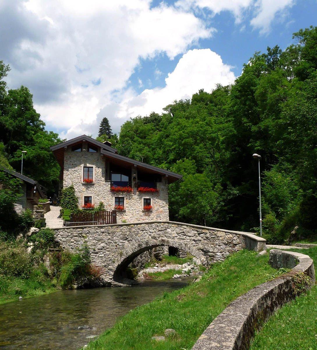 237 Localita Val Mulini Asso Como Lombardia Foto Di Carmelo