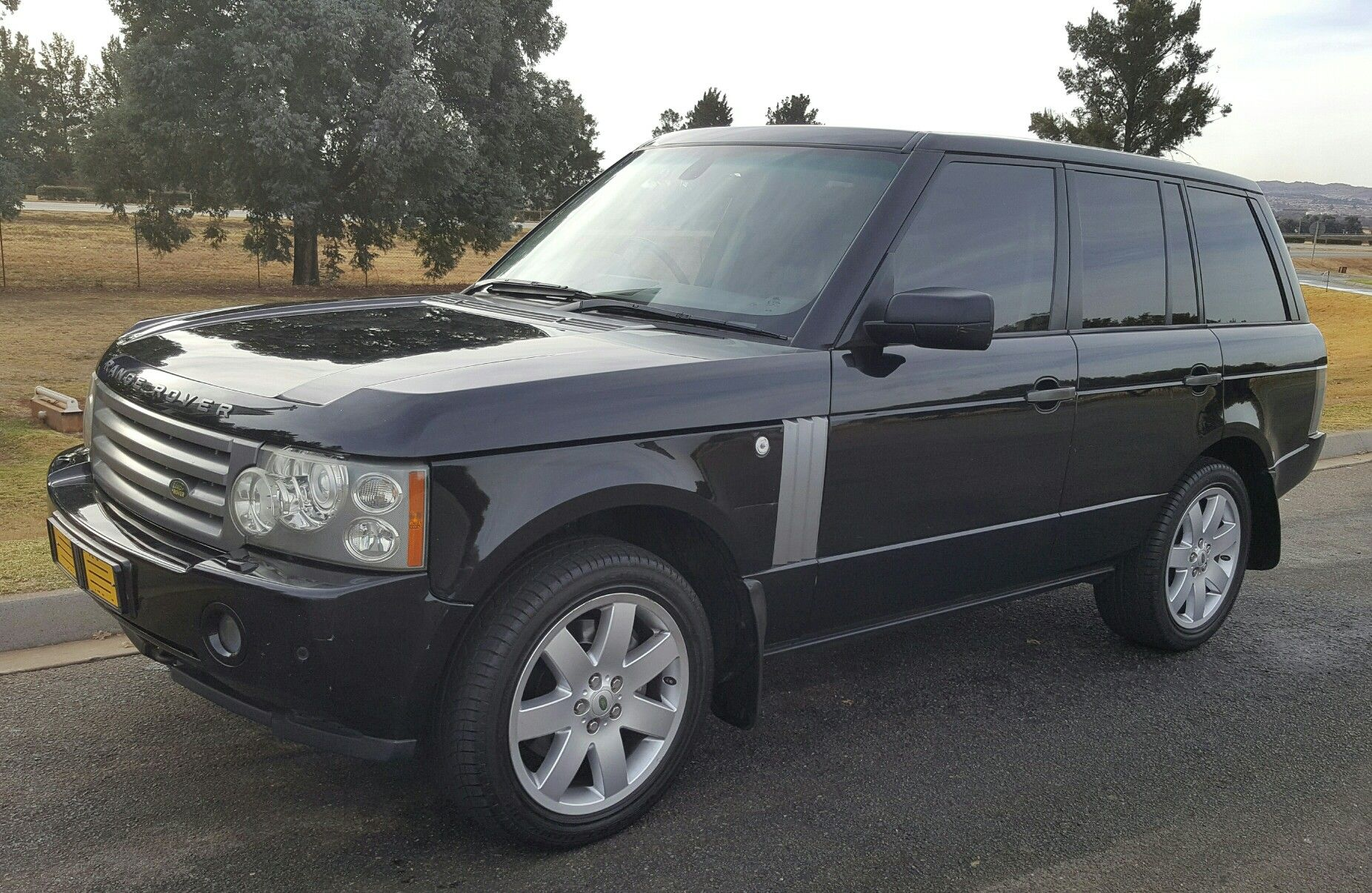 My latest addition to the garage. Range Rover TDV8 Range