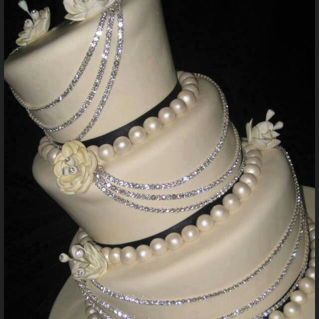 Elegant Black And White Wedding Cake With Bling Pearls Flowers Ribbon
