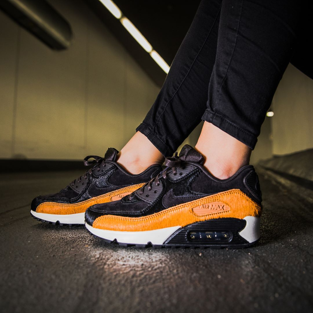 Nike Air Max 90 LX Tar Black Cider | Nike air max, Air