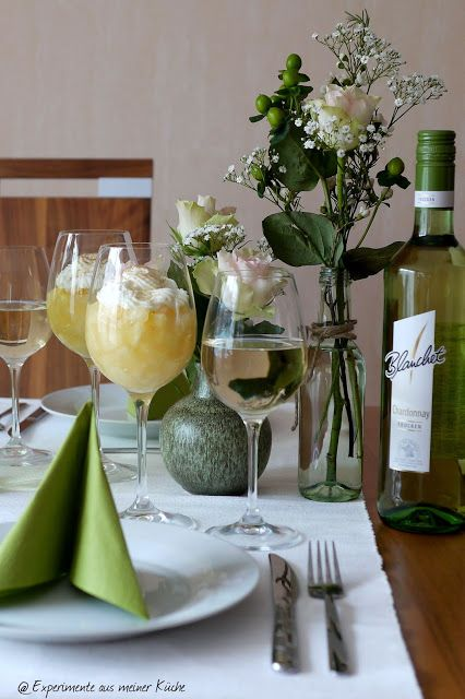 Experimente aus meiner Küche: Ananas - Weincreme und die passende Tischdeko