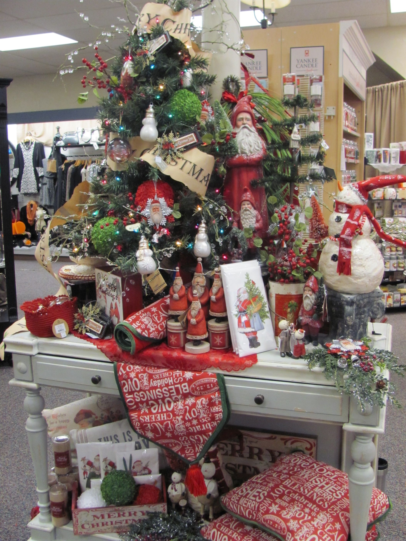 Traditional Tree Display Watertown Hometown Pharmacy Christmas Store Displays Christmas Tree Store Christmas Shop Displays