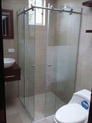 Nuestros Canceles Para Baño En Vidrio Templado Y En Aluminio Cuentan Con  Una Amplia Gama De