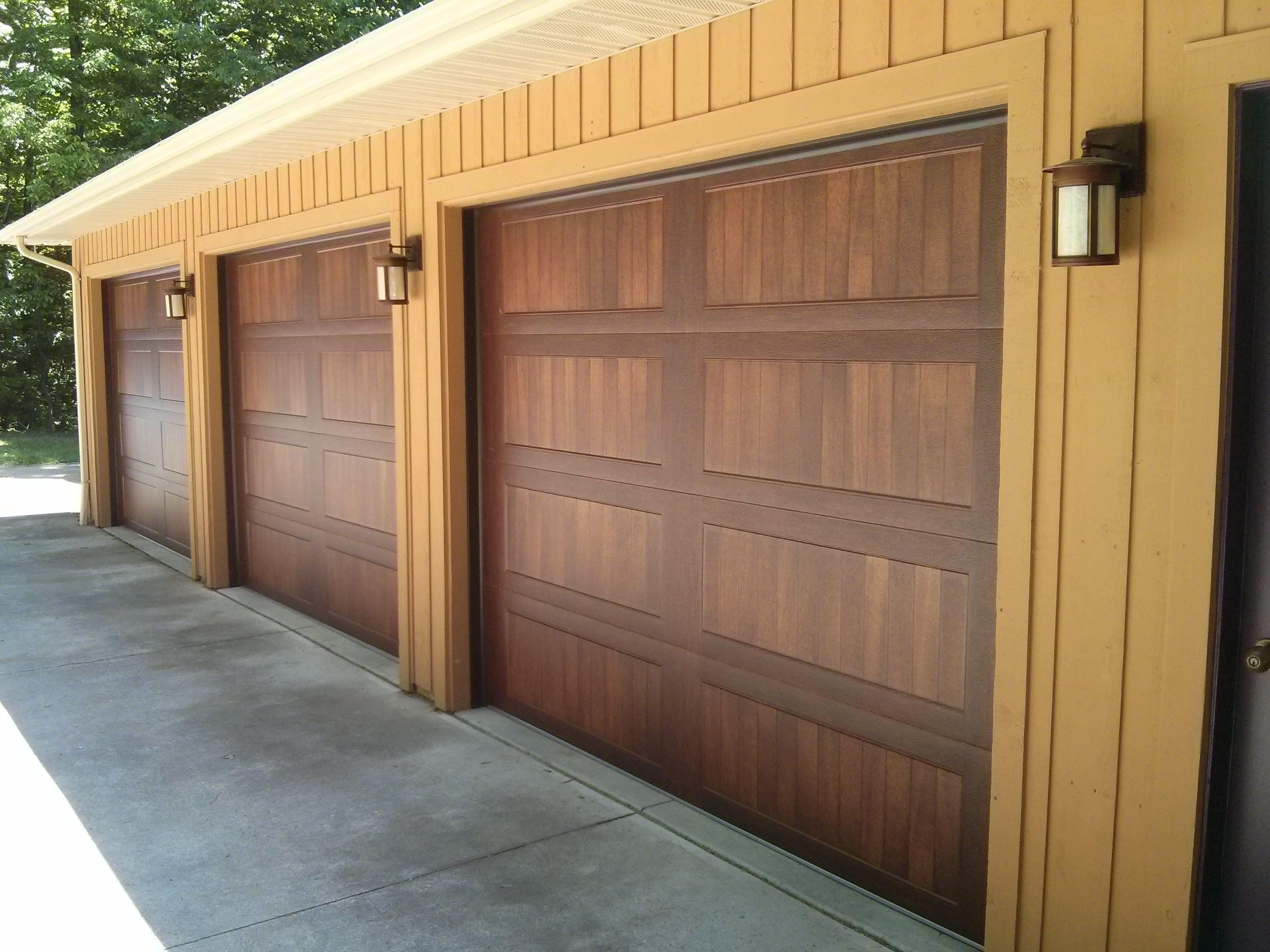 5916 C H I Mahogany Woodtones Long Panel With No Windows Doors
