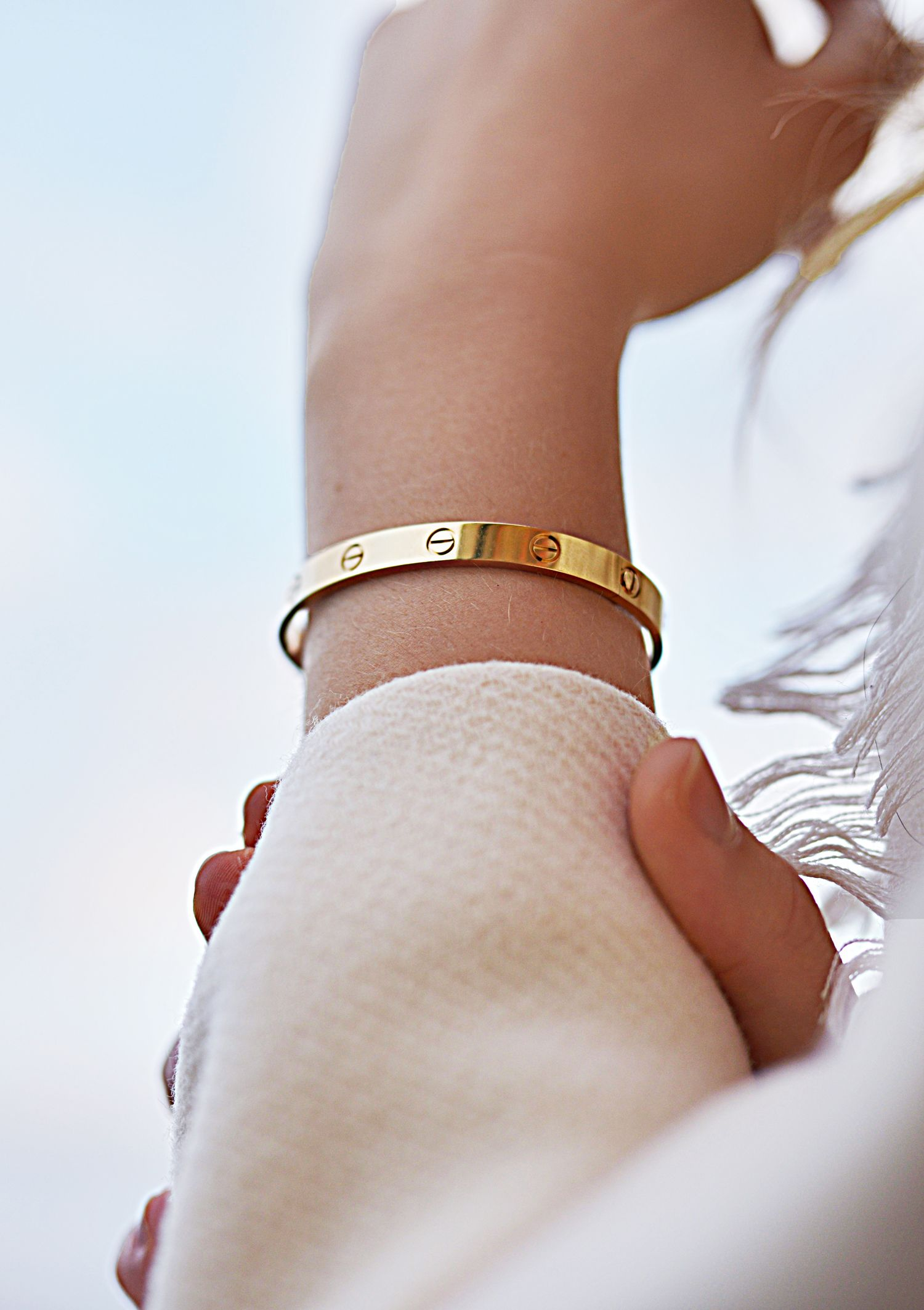 Cartier love bracelet ❥Pinterest: yarenak67