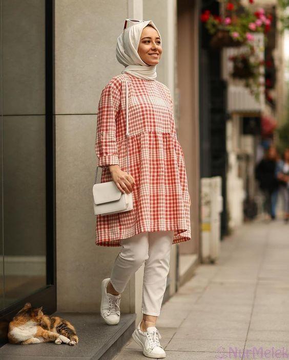 Photo of Kısa Boylu ve Minyon Tipli Kadınlar İçin Tesettür Kombin Önerileri
