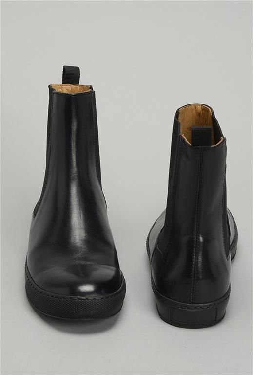 Herrskor Whyred oanvända svart skinn storlek 42 | Boots