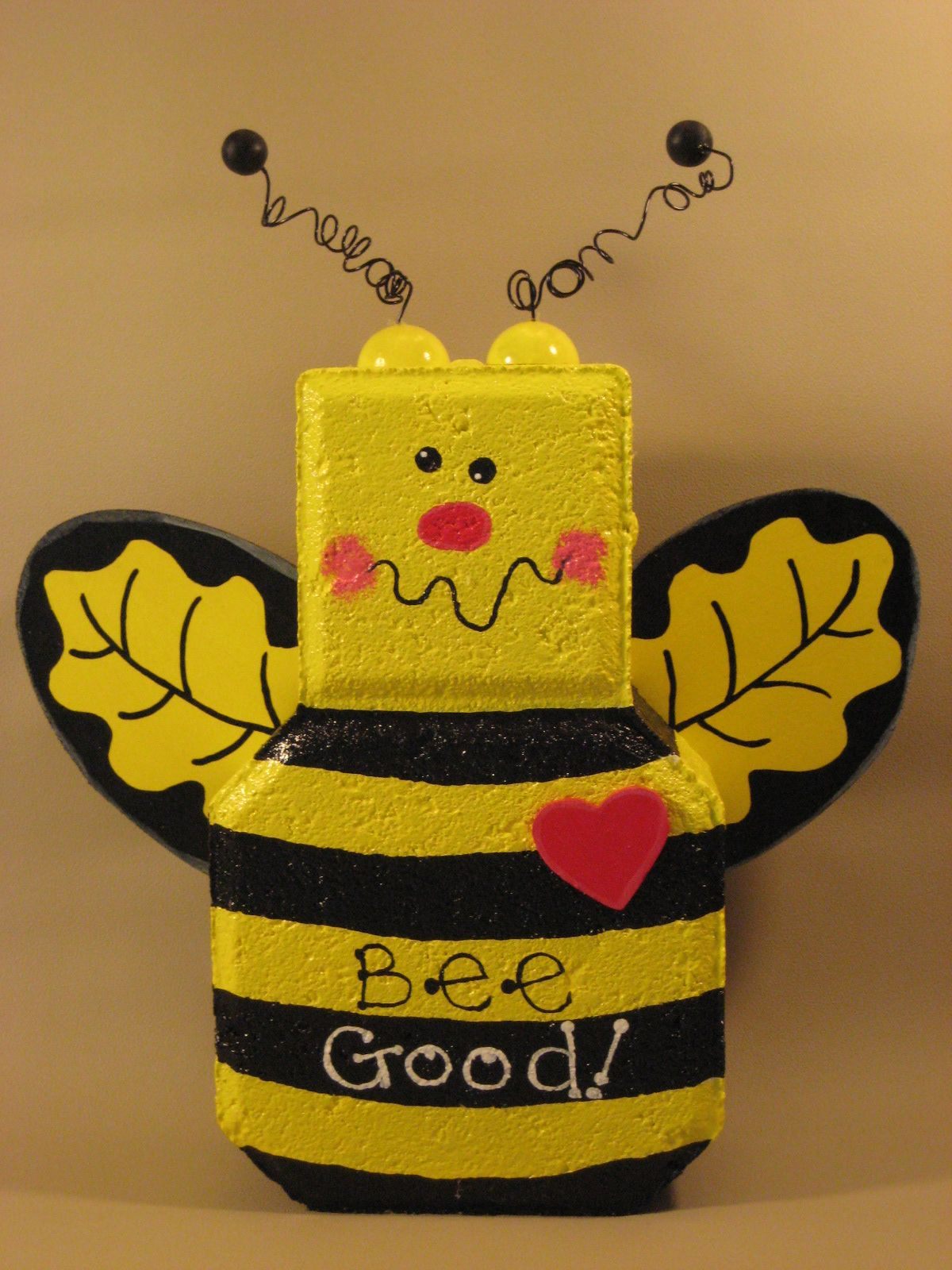 Bumblebee patio paver www.thewoodbin.net | Paver Crafts ...