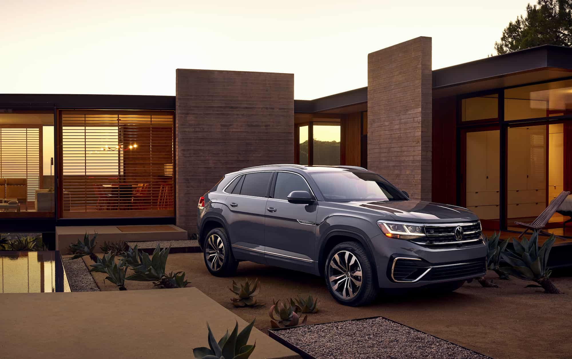 Vw S New 5 Seat Atlas Cross Sport Joins The Suv Lineup Early 2020 In 2020 New Mustang Suv Volkswagen