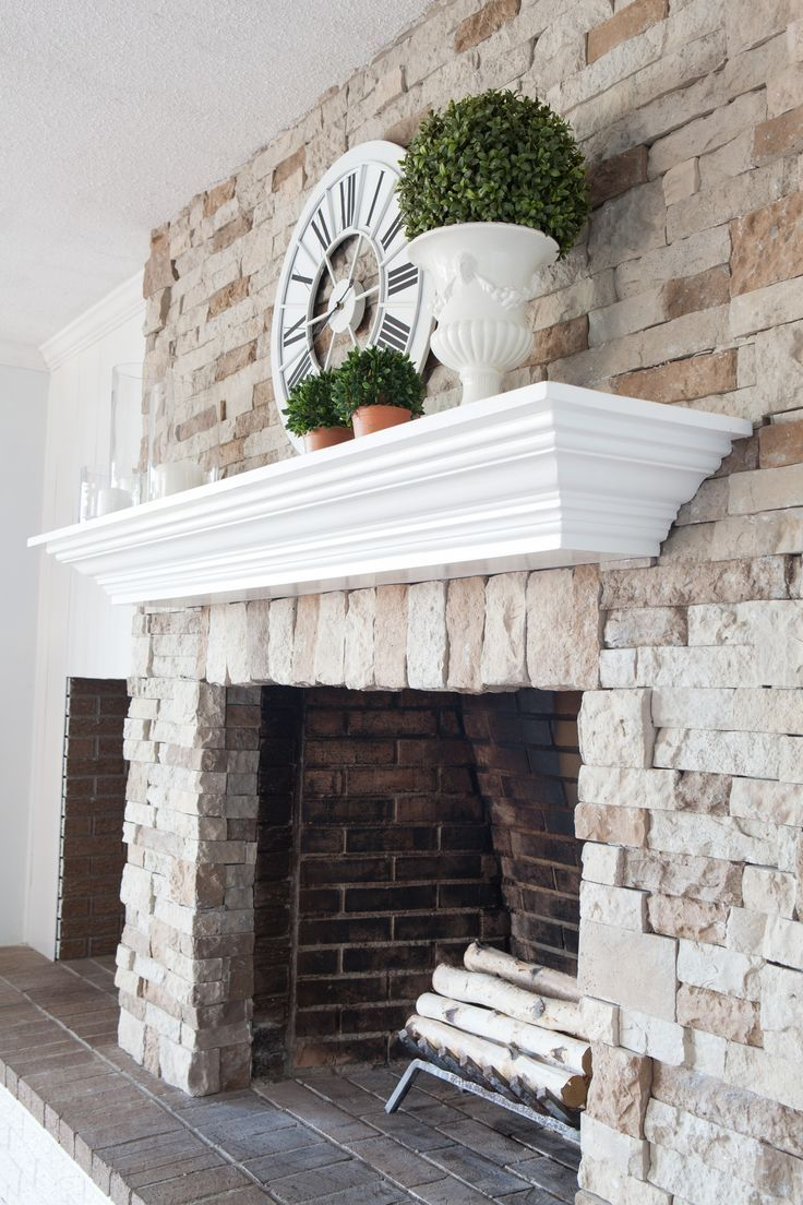 DIY fireplace and mantel makeover. Click over to see how I
