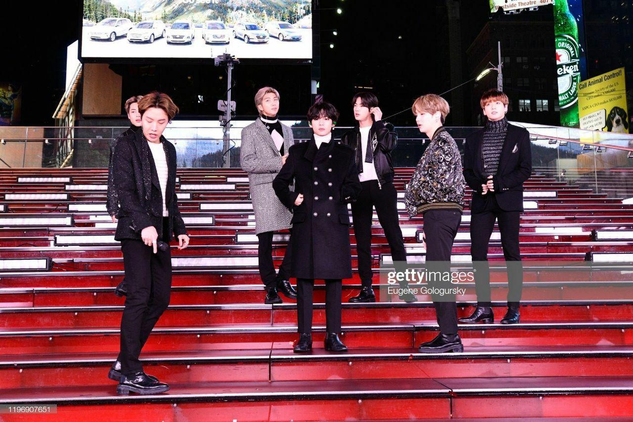 BTS New Year's Rockin Eve di 2020 Kim, Jeon, Bts