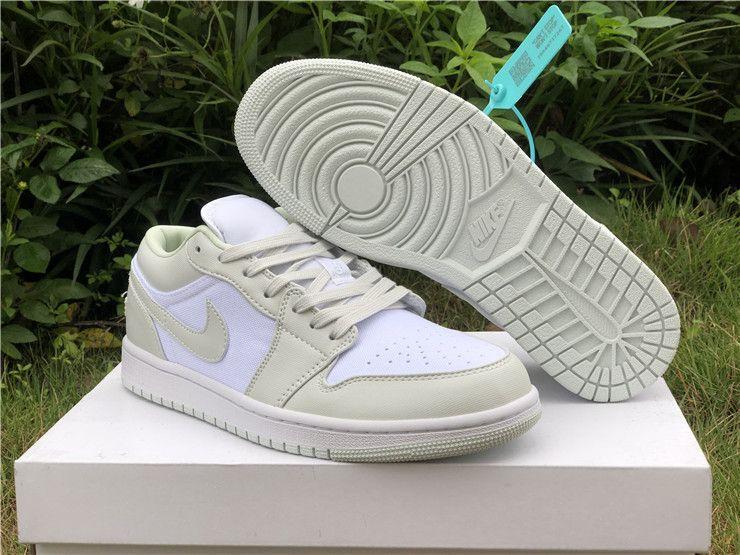 Tectónico tipo pasado  2020 Release Air Jordan 1 Low White/Spruce Aura-Spruce Aura CW1381-003   Air  jordans, Jordan shoes new release, Jordan 1 low