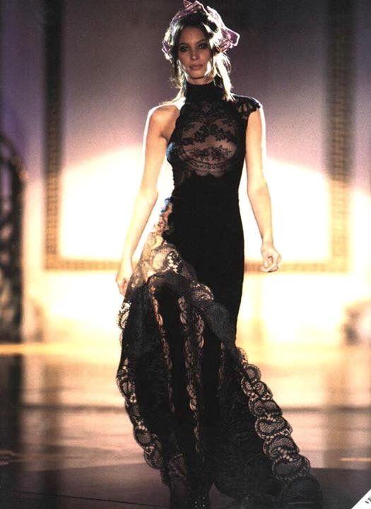 Christy Turlington - Atelier Versace