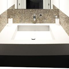 Photo of Appartamento a milano bagno moderno di studio di progettazione architetto caterina martini moderno | homify