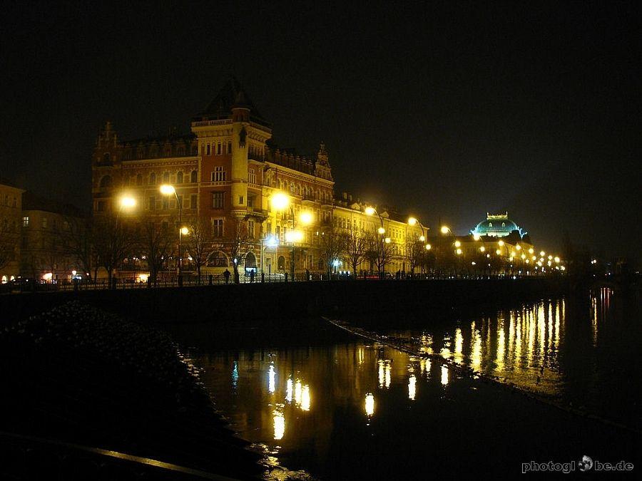 Prag - Moldauufer