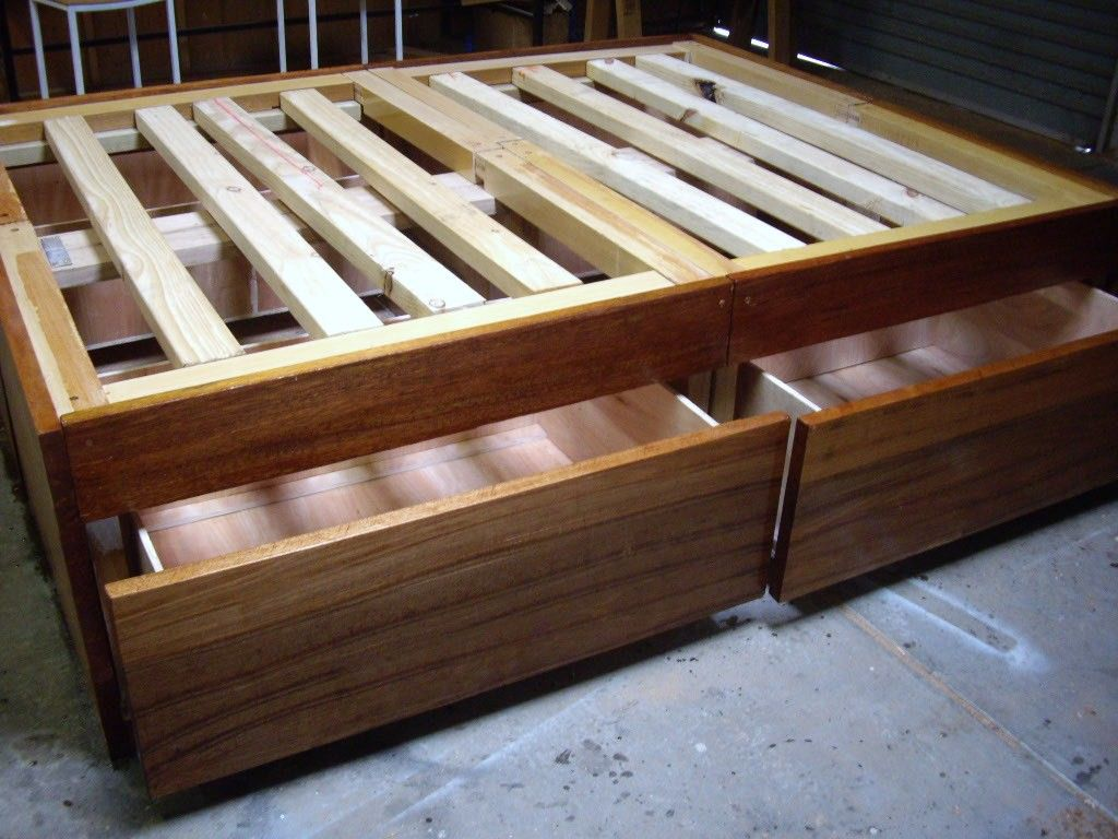 Diy wood bed frame plans - Diy Bedframe With Drawers